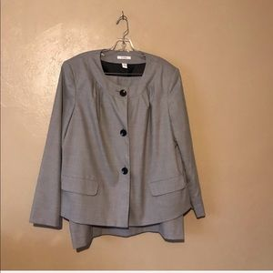 Dress barn business suit size 18W